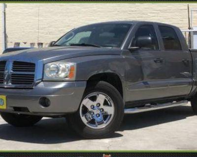 2005 Dodge Dakota Laramie