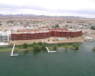 Colorado River Waterfront condo - Bullhead City