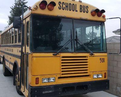 School bus 30'