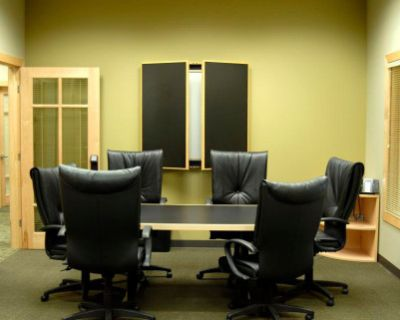 Professional Meeting Room for 6, Denver, CO