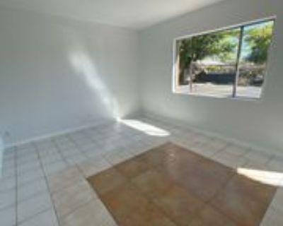 913 Sunbeam Road Southwest - C #C, Albuquerque, NM 87105 2 Bedroom Apartment