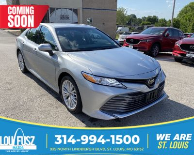 Pre-Owned 2018 Toyota Camry XLE FWD 4dr Car