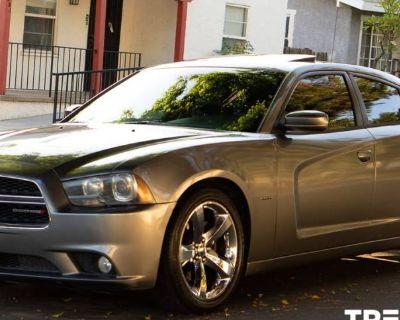 2012 Dodge Charger R/T Plus