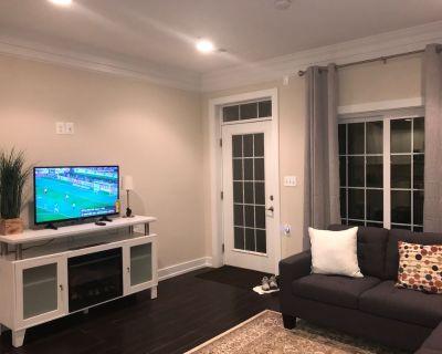 Giant 3 Bedroom/4Bathroom Basement Condo- HighEnd - Park View