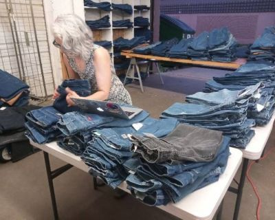 Gopher Auctions Of Bloomington Presents Denim Dave's Knows Denim - New & Vintage Dickies and Carhart