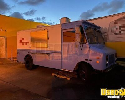 Chevrolet P90 Kitchen on Wheels / Food Truck with Pro Fire Suppression