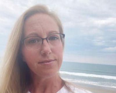 Jessica, 39 years, Female - Looking in: Harrisonburg Harrisonburg city VA