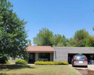 1022 E Buena Vista Dr, Tempe, AZ 85284 5 Bedroom Apartment