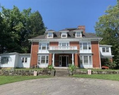 346 Montford Ave #1, Asheville, NC 28801 2 Bedroom Apartment