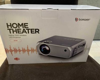 Brand New Bomaker Projector