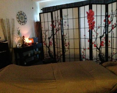 Treat yourself to Blissful Relaxation *** Latina Therapist ***