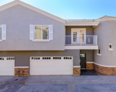 3240 E Pinchot Ave #13, Phoenix, AZ 85018 4 Bedroom House