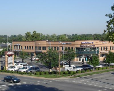 Medical/Office space in St. Matthews Suburban Medical District