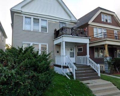 32-Unit Duplex Portfolio Sale in Sherman Park/Uptown Milwaukee, WI