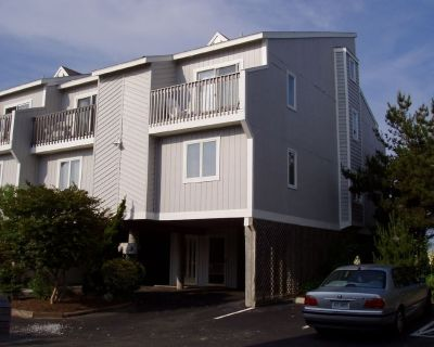 Oceanfront townhome in Indian Harbor Villas, North Bethany - Bethany Beach
