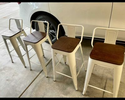 4 White, Metal/Wood Counter Height Bar Stools