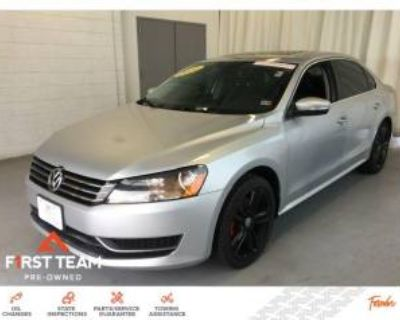 2014 Volkswagen Passat SE with Sunroof & Navigation Sedan 1.8T Auto (PZEV)