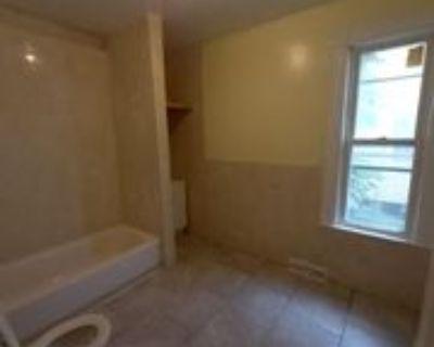 Catherine St, Utica, NY 13501 3 Bedroom Apartment