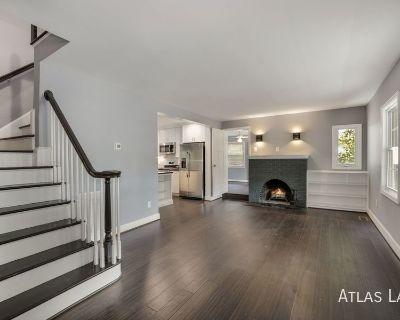 Professionally Managed, 5 Bed 4.5 BA // Single family house in Arlington