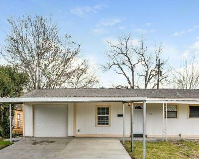 11611 Duane St, Houston, TX 77047