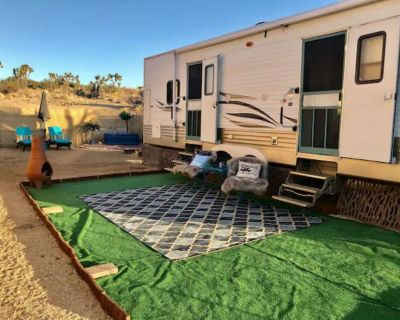 Tiny house with lots of heart! - Yucca Valley