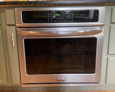 Frigidaire Gallery Wall Oven.