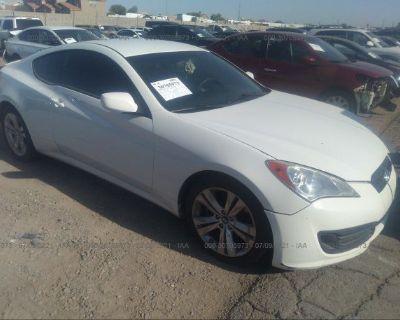 Salvage White 2011 Hyundai Genesis Coupe