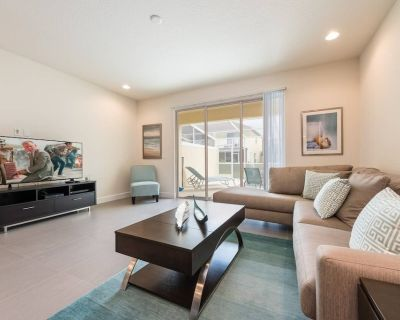 Private 3 Bed 3 Bath Townhome - Cozy family vacation home sleeps up to 8 guests - Four Corners
