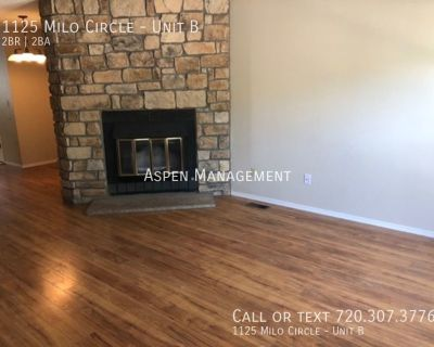 Wonderful 2BR townhouse w/ FP, patio, reserved parking & more! (Milo)