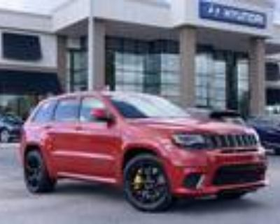 2018 Jeep grand cherokee Red, 24K miles