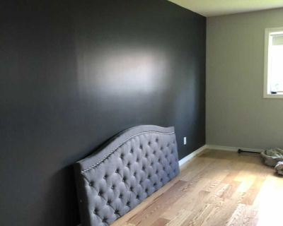 Head board and king size bed
