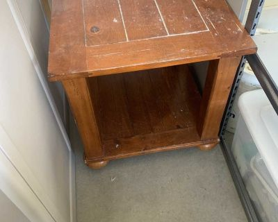 Solid wood end table project piece