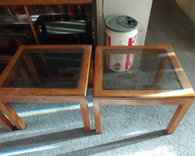 glass coffee table & matching end tables