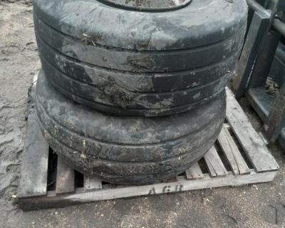 1 tire and 2 rims off 730b case ripper.
