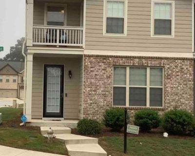 Charming townhouse near a major highway, close to hartfield Jackson airport. - Fairburn