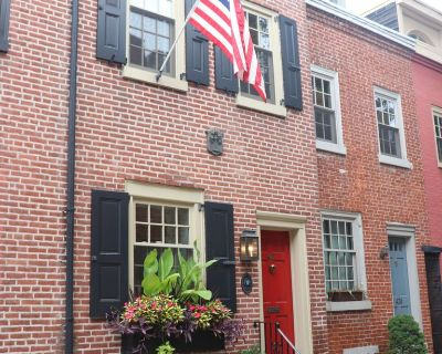 A Historical Philadelphia Classic Trinity home in the heart of Center City! - Washington Square West