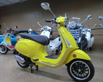 2022 Vespa Sprint 150 Scooter Downers Grove, IL