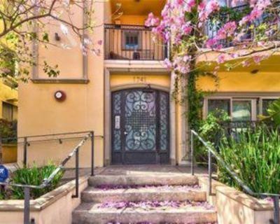 1741 S Bentley Ave #5, Los Angeles, CA 90025 3 Bedroom Condo