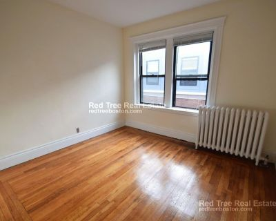 SHINED HARDWOOD FLOORs- SPACIOUS ONE BED OR 2 S...