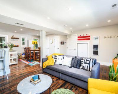 Eclectic Row-Home with Beautiful Decor, Washington, DC