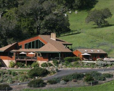 SLO County's Finest Destination Luxury Ranch Retreat/8BR/7b/ 20yd lapPool/Tennis - Cayucos