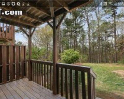 $965 3 townhouse in Gwinnett County
