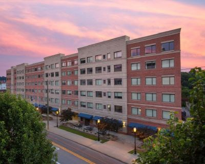State On Campus - 2 Bed/2 Bath Apartment