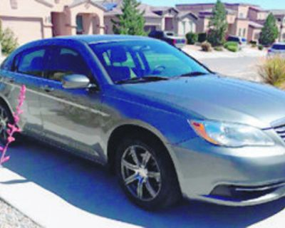 CHRYSLER 2012 200 Sedan, 4 cylinder, automatic transmission, excellent condition