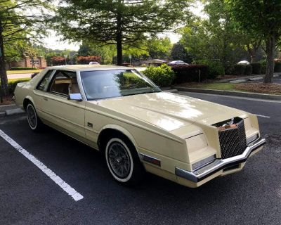 Pre-Owned 1981 Chrysler Imperial Base 2WD Classic Car