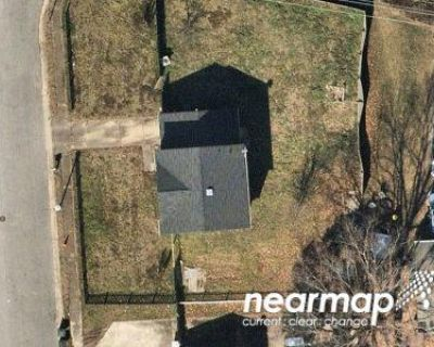 Preforeclosure Property in Hampton, VA 23666 - Watts Dr