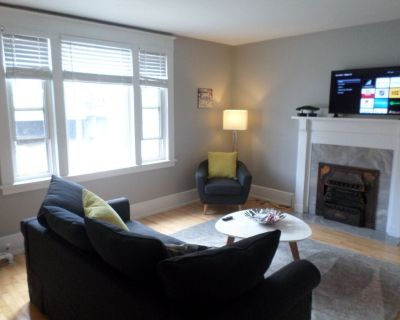 Beautiful,Clean,Quiet 2 BR,In Downtown Ottawa.Parking, WiFi and Netflix included - Centretown