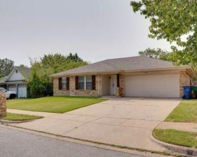 6512 Ridglea Dr, Watauga, TX 76148 3 Bedroom House