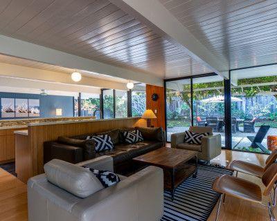Meet in Mid-Century Modern Elegance in Silicon Valley, Sunnyvale, CA