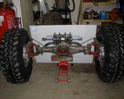 2 x Unimog 404 Steer, Narrowed, MSI boxes - Calgary